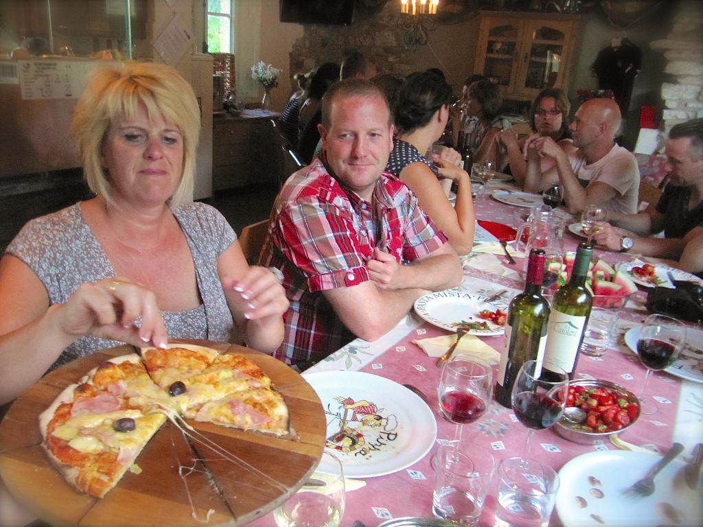Casa Tartufo_Pizza uit de oven